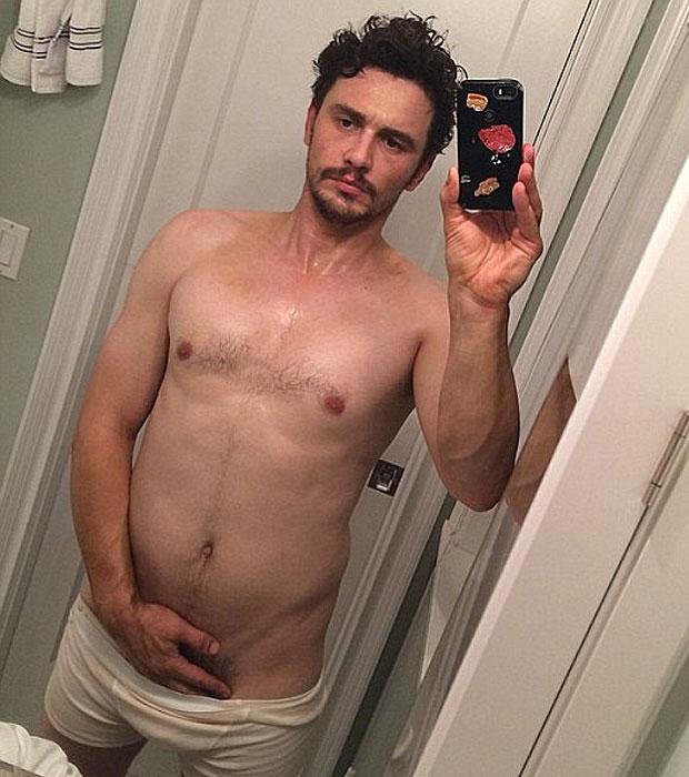 Robert Pattinson Nuda